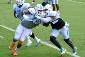 sfl-dolphins-center-mike-pouncey-returns-to-practice-20161004